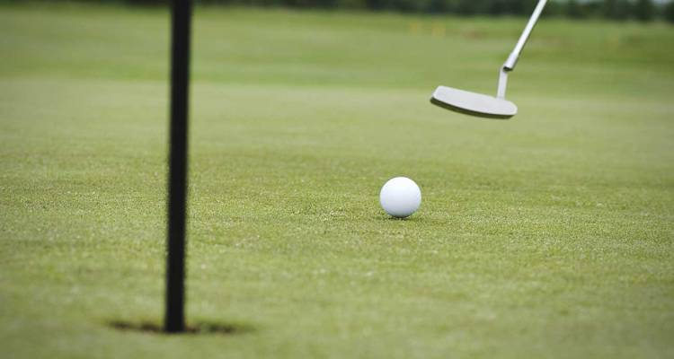 Analyse Your Performance Through These Valuable Golf Putting Statistics Measures